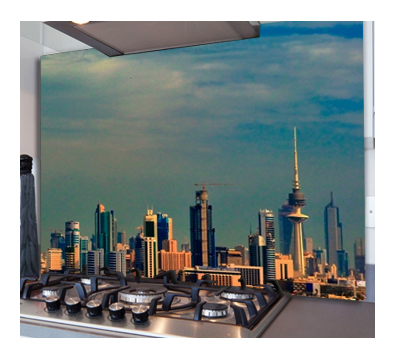 photo showing a city skyline printed on to a glass splashback